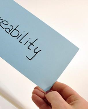 Shareability beschreibt das Potential eines Guts, von mehr als nur dem Besitzer und seines direkten Umfelds genutzt zu werden. Dabei kann es sich sowohl um Informationen, um Daten oder auch um physikalische Objekte handeln. Je nach Art des Geteilten bestehen unterschiedliche Vorraussetzungen, die die Shareability benötigt (etwa die logistische Verfügbarkeit bei physikalischen Objekten oder die rechtliche Legitimation bei dem Teilen von Daten).